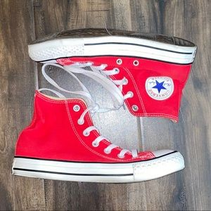 Unisex Converse All Star red sneaker size 7.5